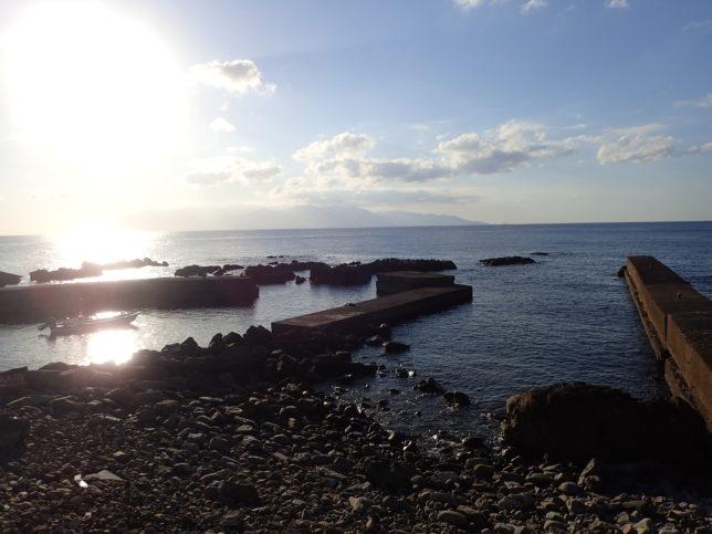 屋久島を望む