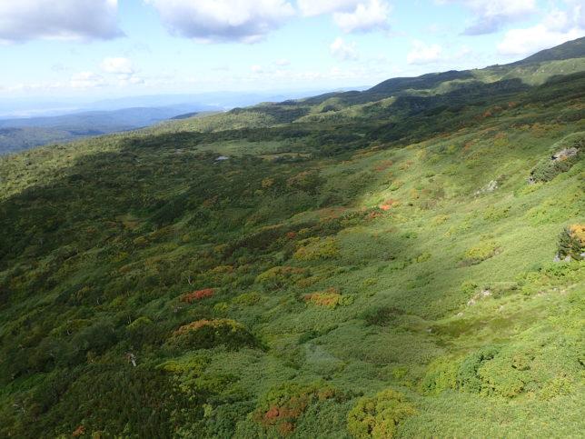 ロープウエイの北(左)側展望