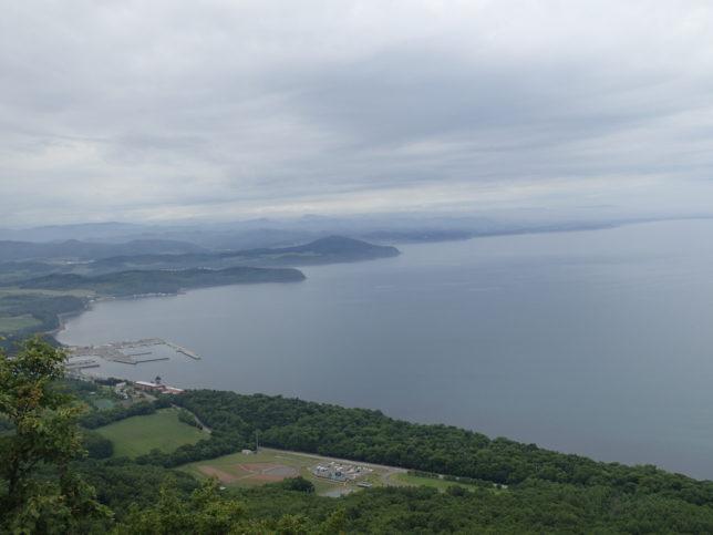 サロマ湖西岸(富武士漁港が見える)