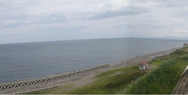 フレトイ展望台から海を見下ろす