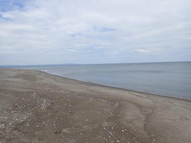 浜小清水の砂浜に下りて
