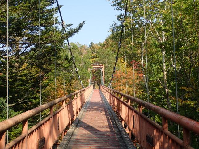 滝の吊り橋