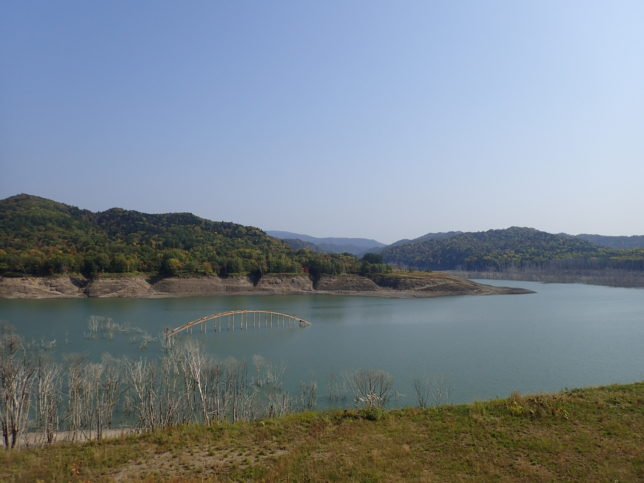 シューパロ湖中央部