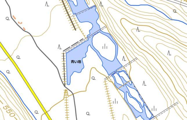 青い池の構造(国土地理院地図閲覧サービスより)