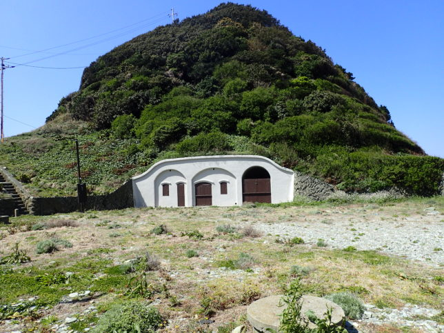 豊予要塞倉庫跡