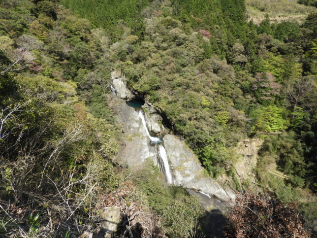 轟の滝全景