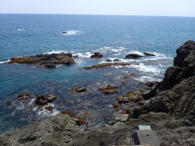 下竜頭岬からの海岸展望